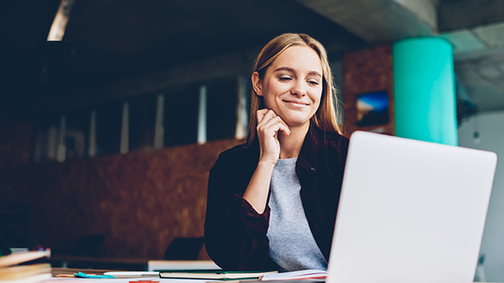 Woman watching an webinar